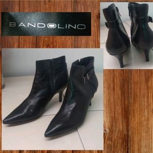 Bandolino Black Pointed Leather Ankle Boots